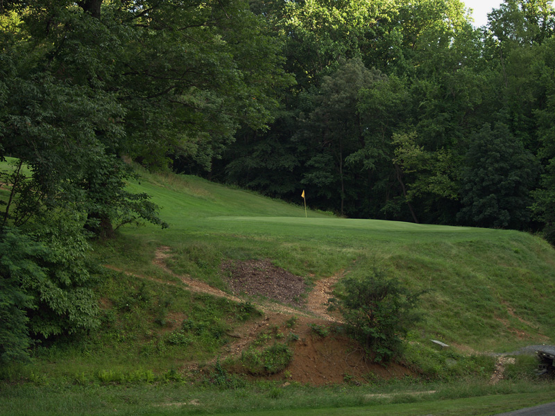 View of sixteenth hole toward the green from about 130 yrds. Click to enlarge
